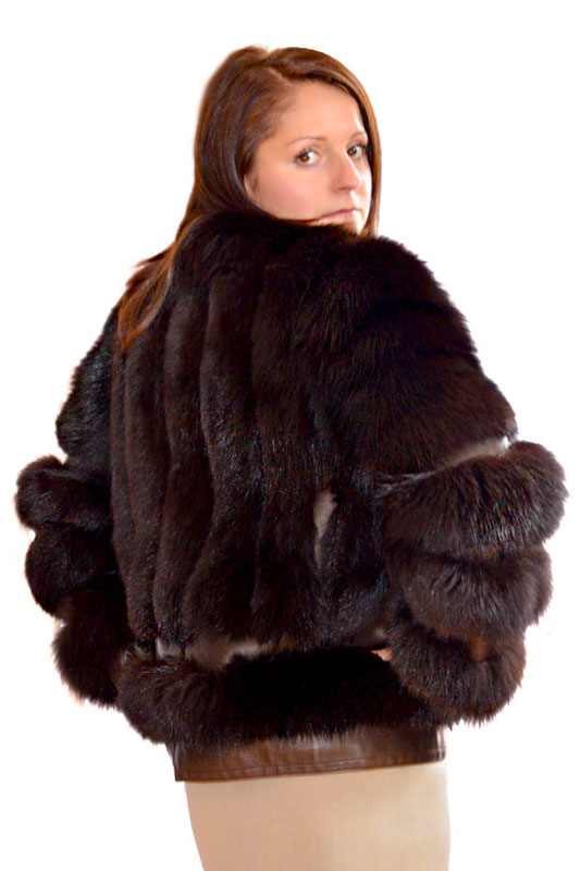 Jacheta din VULPE ALBASTRA